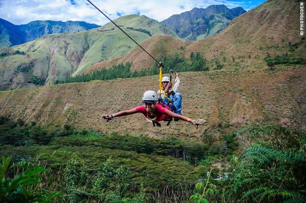 ziplining-in-peru-620x412